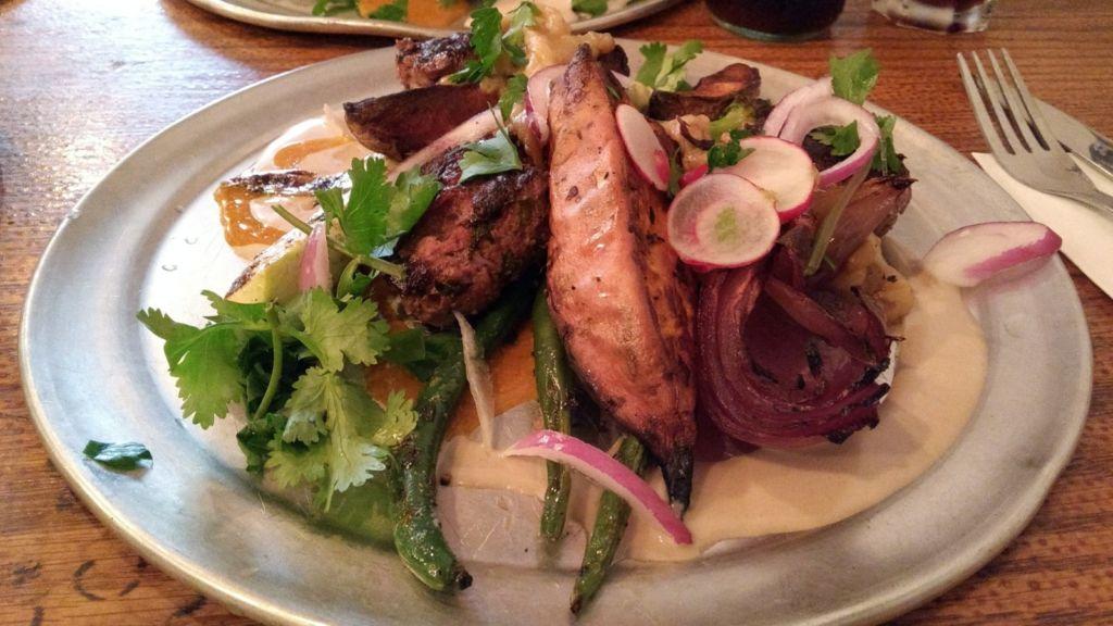 Carne con verduras, plato típico de Tel Aviv