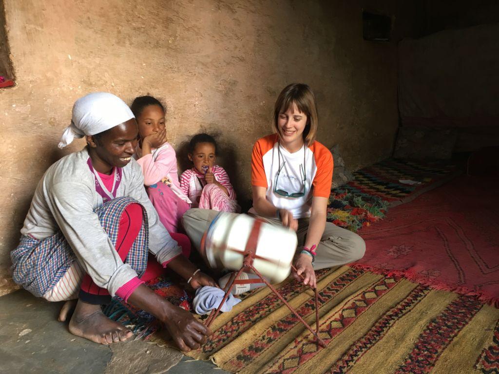 Familia bereber en Marruecos: idioma de los gestos. los principales idiomas de África
