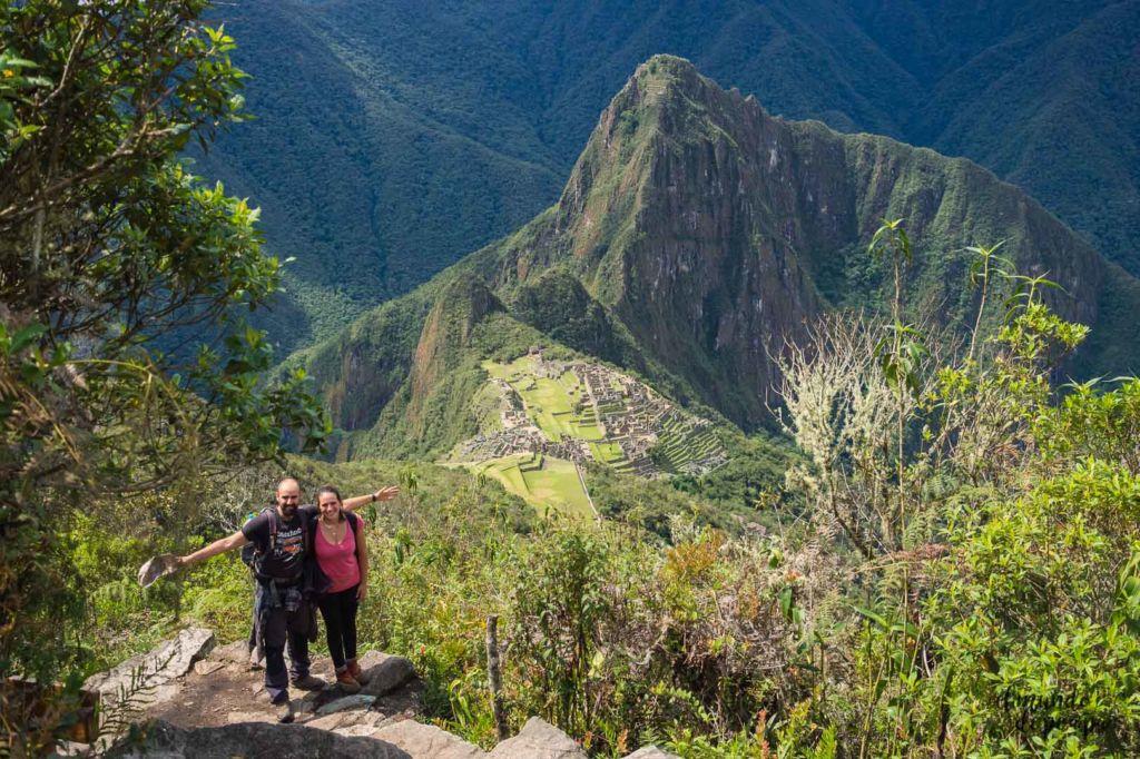 pareja en Machu Picchu Perú