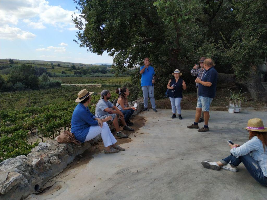visita grupo a Eudald Massana con Penedès Lovers