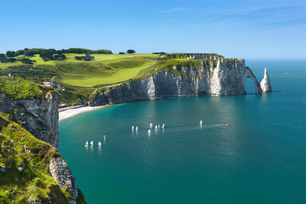 acantilados etretat francia irlanda normandia