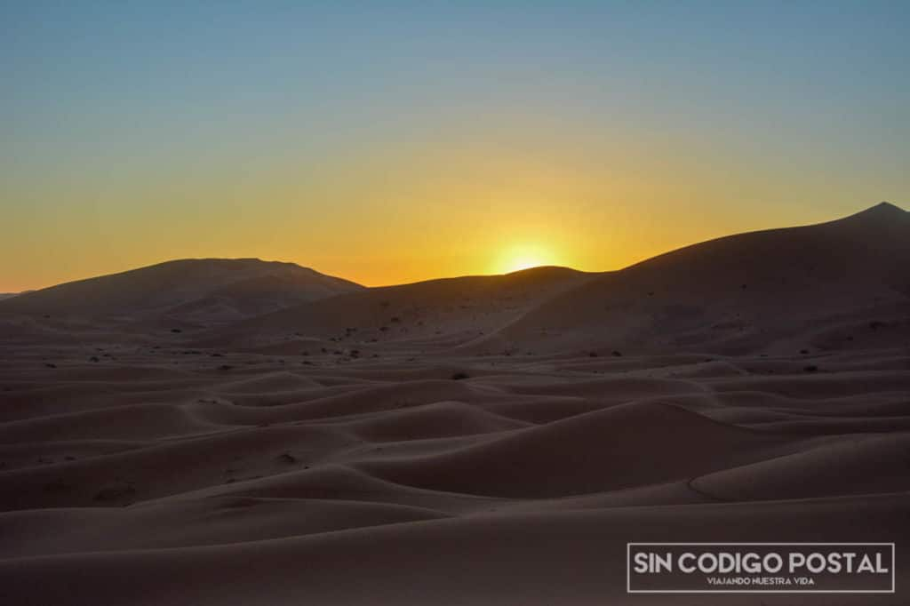 amanecer el el desierto