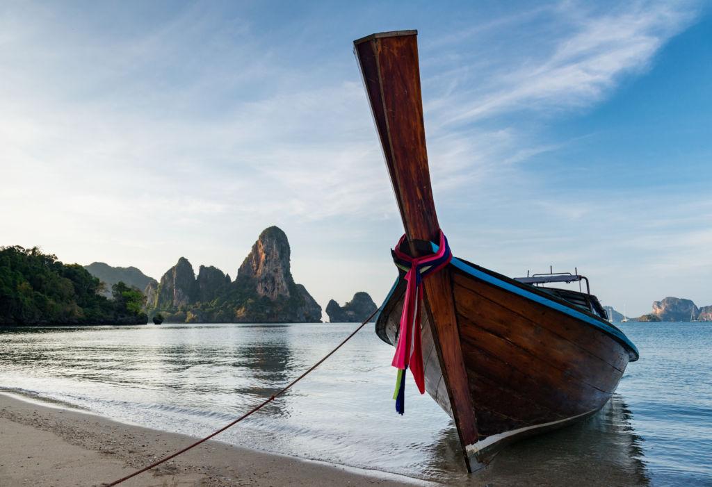 Long tail boat Tailandia playa Tonsai Krabi