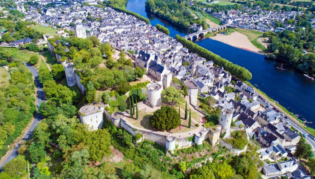 Chinon ciudades working holiday francia