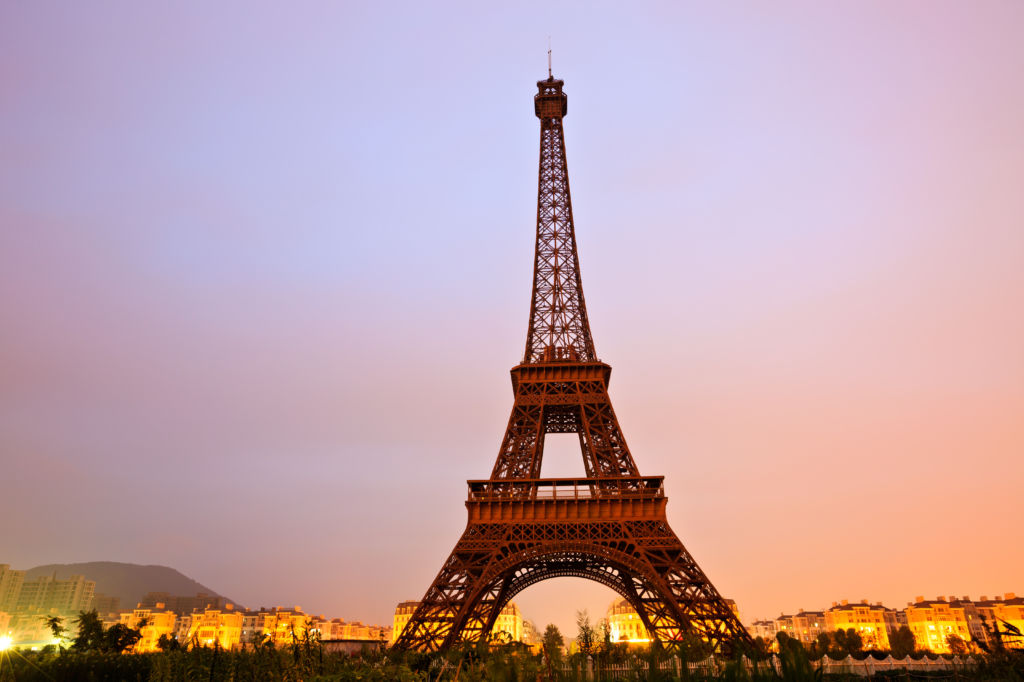 replicas monumentos del a torre eiffel monumentos
