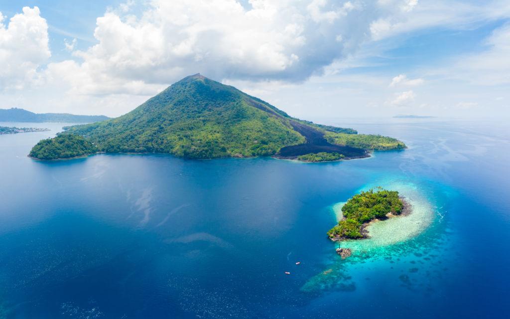 vista aérea de las islas molucas archipiélago