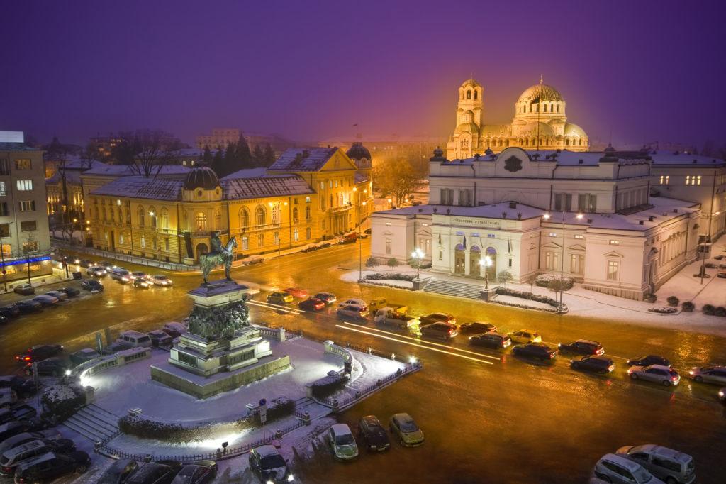 sofía bulgaria por la noche escapadas puente diciembre