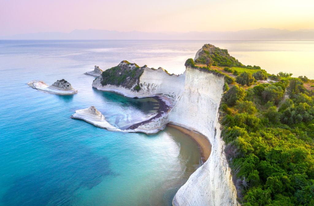 preciosas vistas del cabo Drastis en la isla de Corfu que ver en grecia