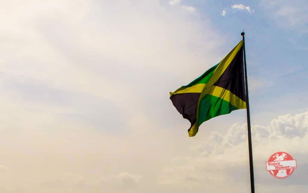 bandera viaje a Jamaica viajes con humor