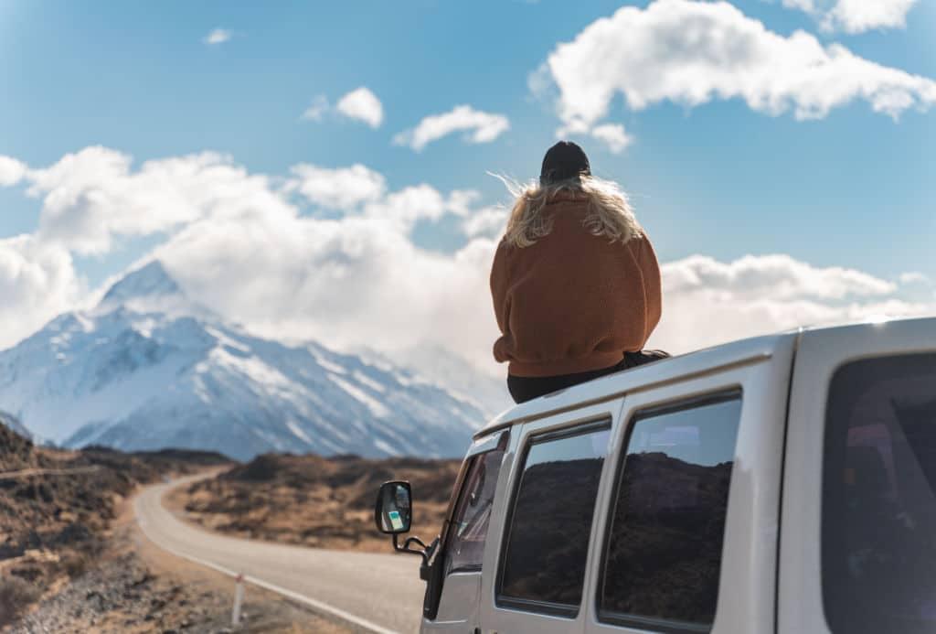 comprar o alquilar una campervan en nueva zelanda seguro de viaje Chapka Working Holiday Visa