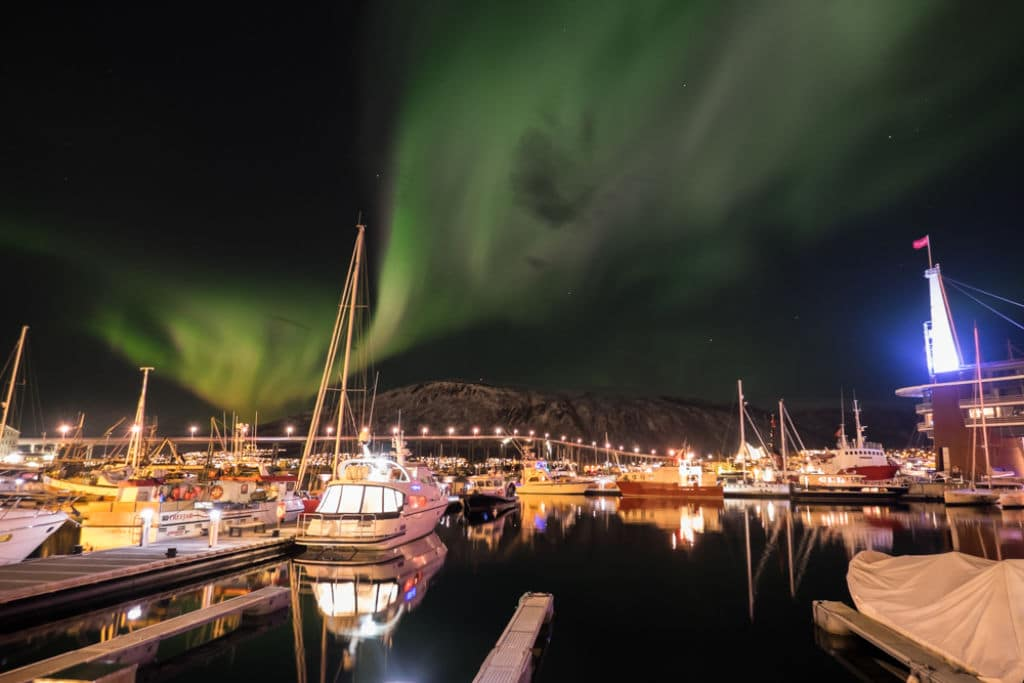 aurora boreal puerto Tromsø