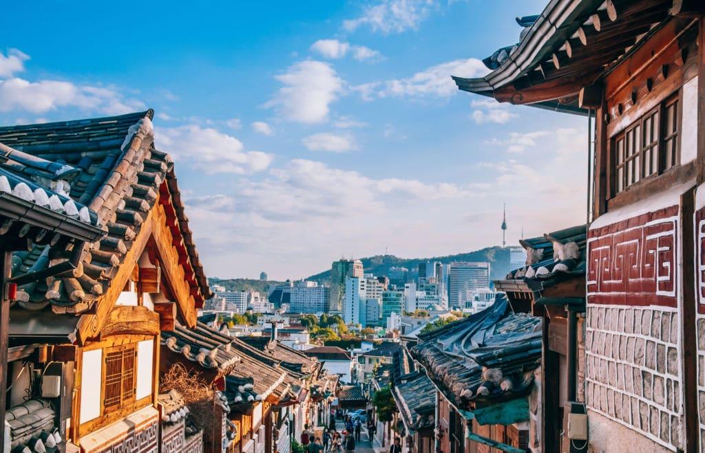 Seul modernidad edificios y templos tradicionales Working Holiday Visa en Corea del Sur