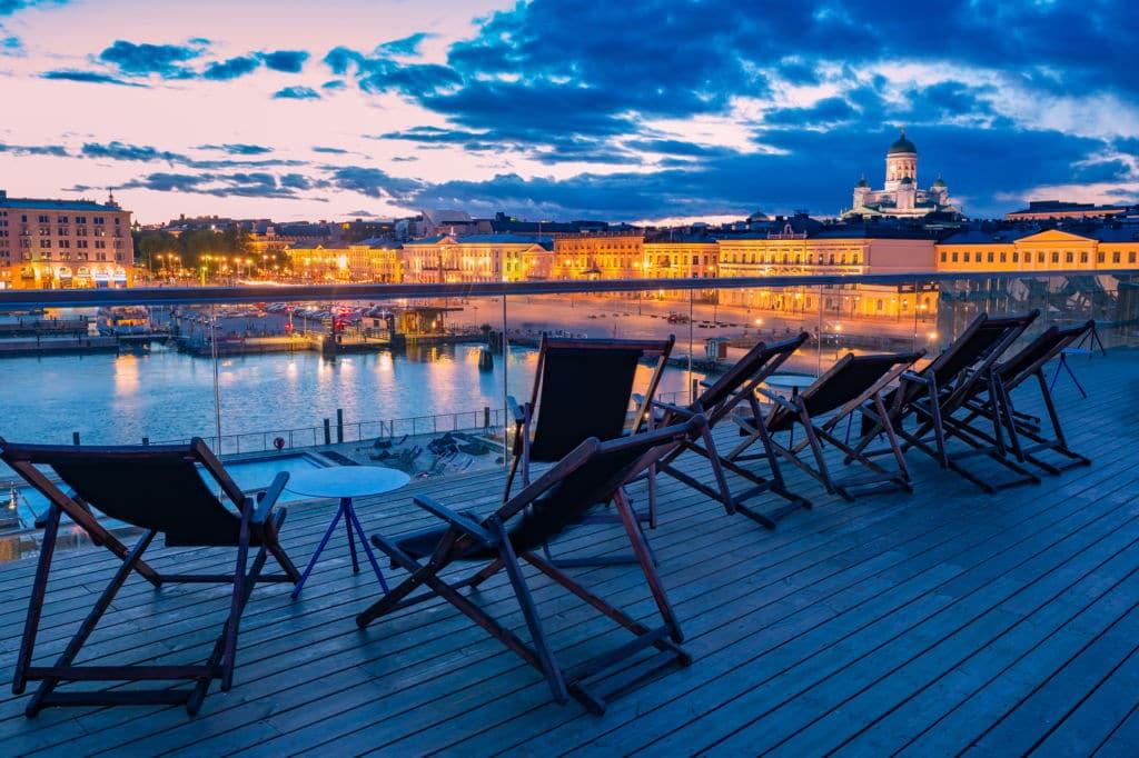 vistas atardecer den Helsinki día de la amistad