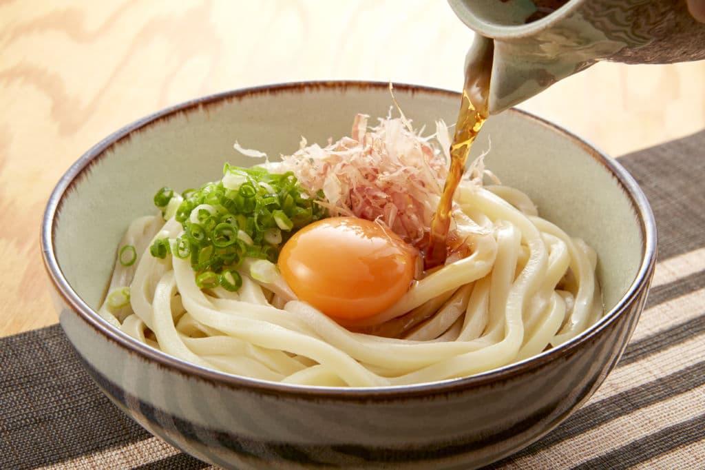 sopa de fideos japonesa udon