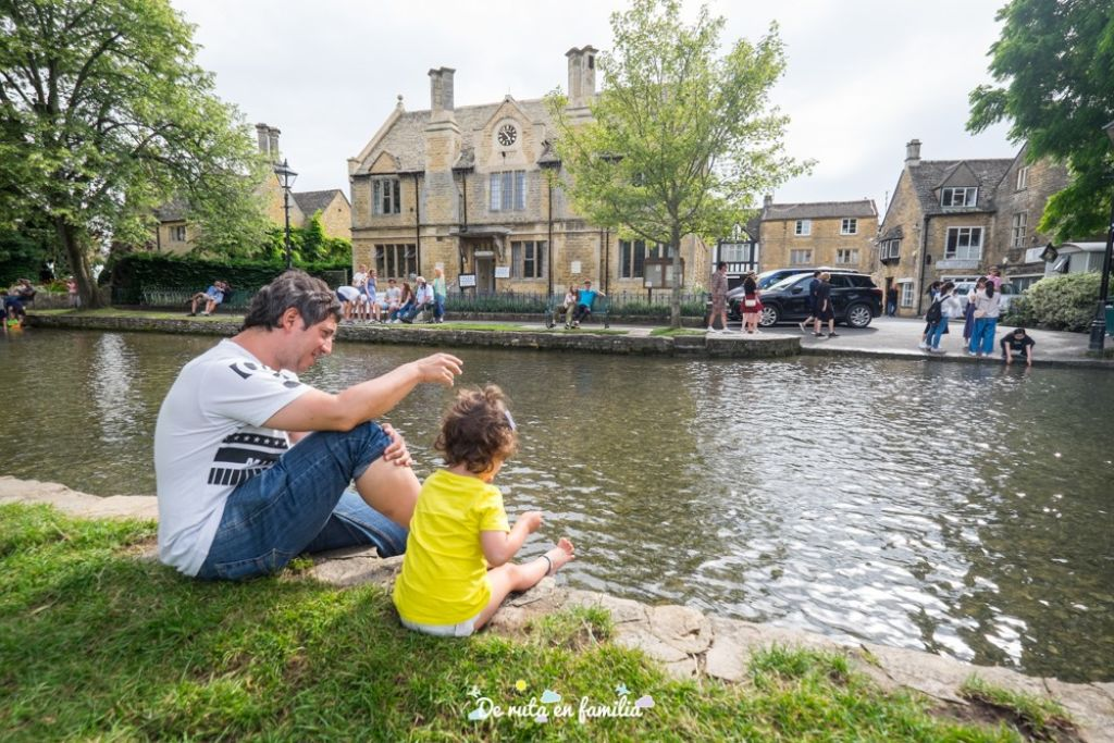 lugares para viajar con niños en verano de ruta en familia
