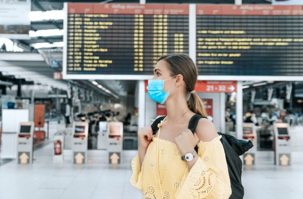 certificado seguro de viaje obligatorio viajar extranjero Chapka cobertura COVID-19 working holiday visa vacaciones estudiante
