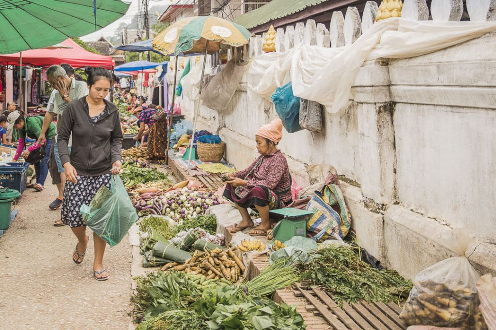 Un mercado tradicional en Luang Prabang – Foto: Adeline Gressin
