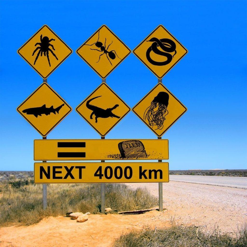 las señales de tráfico en Australia: cocodrilos, medusas, tiburones