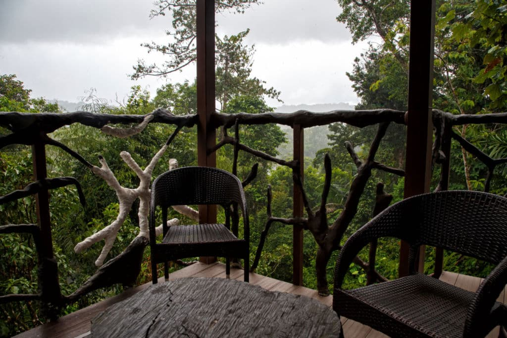 10 alojamientos insólitos en el mundo - casa árbol en España