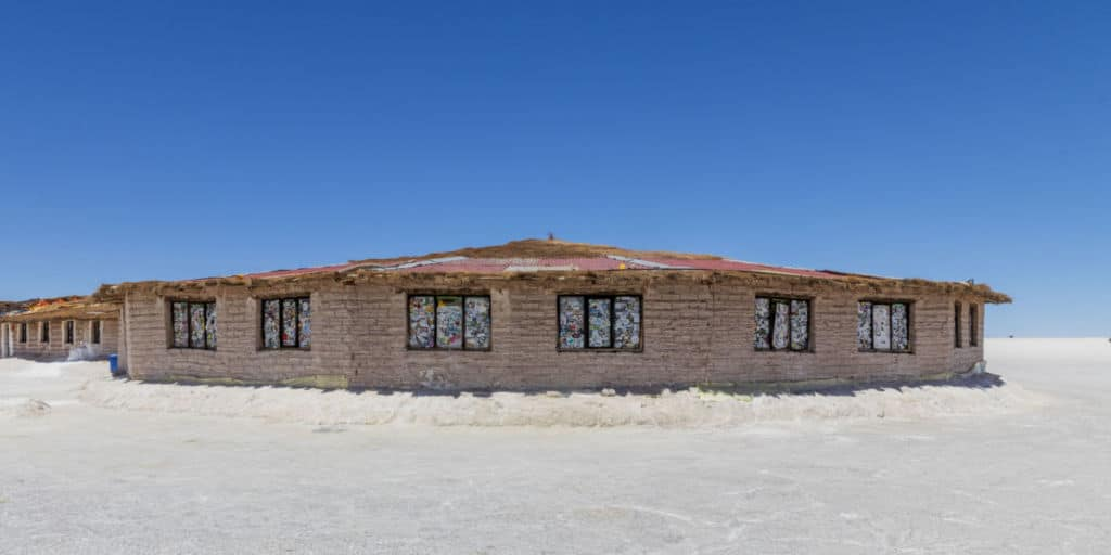 10 alojamientos insólitos en el mundo - hotel de sal en Bolivia