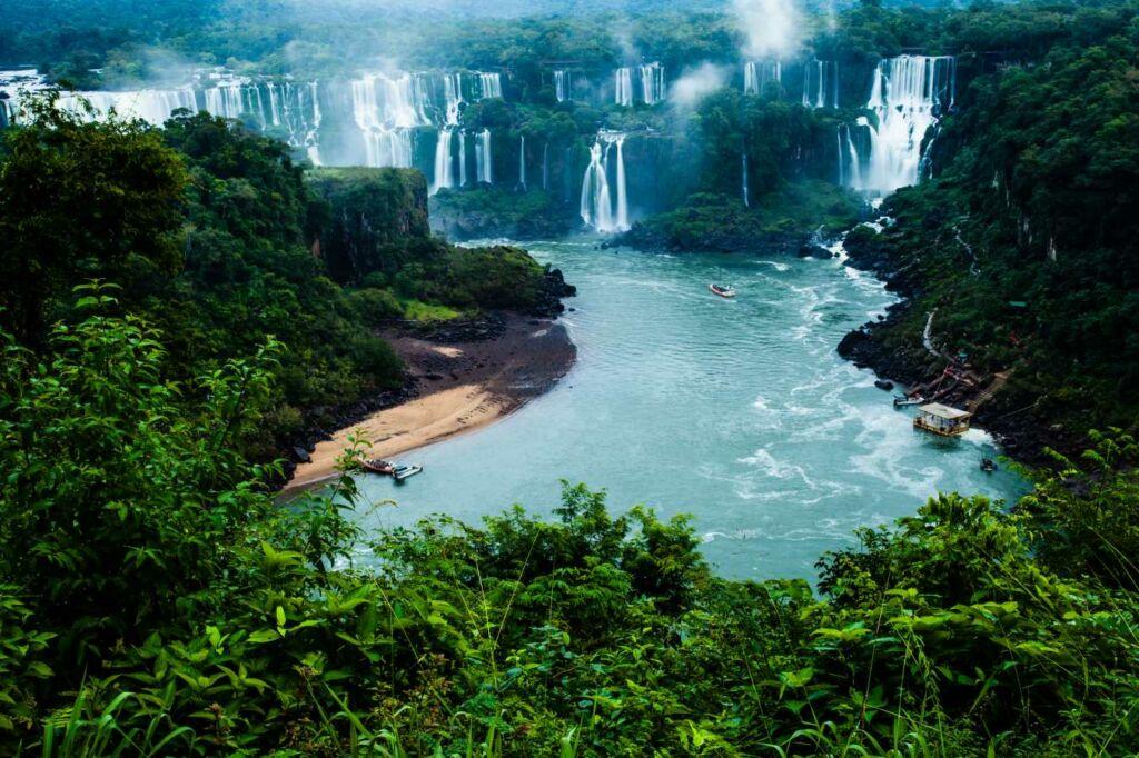 La-Triple-Frontera-Brasil-Argentina-y-Paraguay  trifinios del mundo