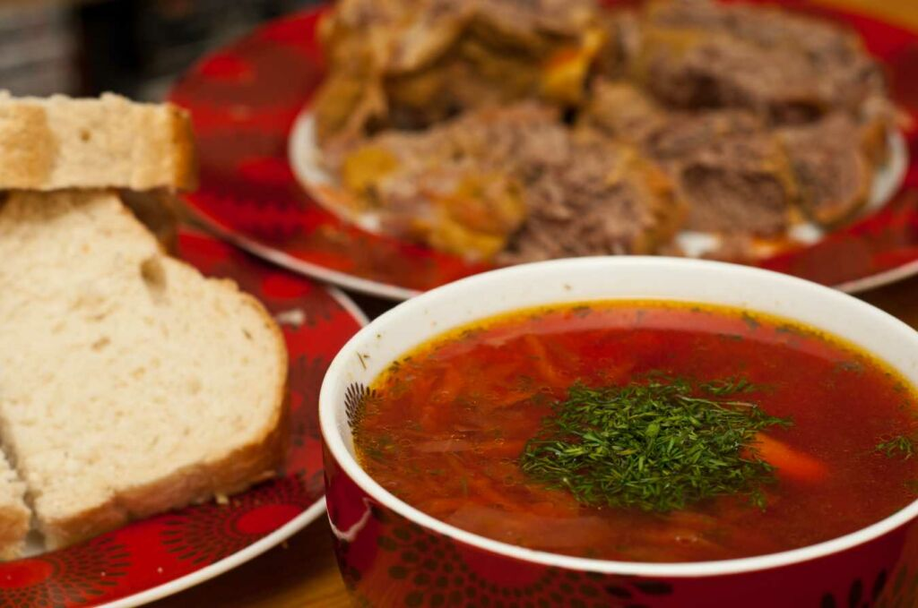Borscht es una sopa muy típica en Rusia y cuyo origen es Ucraniano