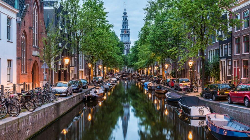 Ámsterdam los canales más bellos del mundo