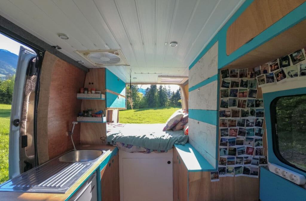 los consejos de Sin Código Postal sobre cómo camperizar una furgoneta