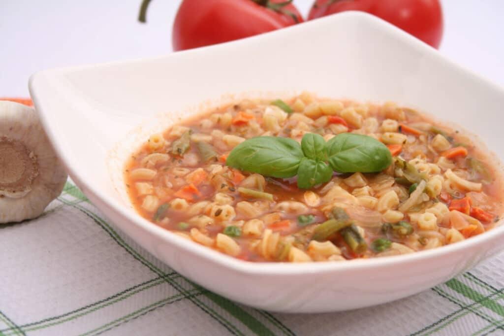 La sopa Minestrone, un clásico de la cocina italiana