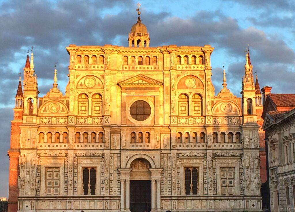 Fachada de la Cartuja de Pavía