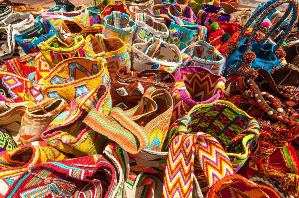 artesanía que encuentras en los pueblos del desierto de Guaijira