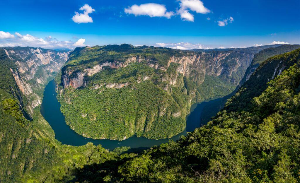 Cañón del Sumidero en medio de la naturaleza que ver en Chiapas, México