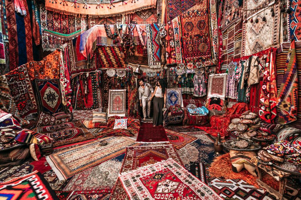 vistar una tienda de venta de alfombras en Marruecos, experiencia